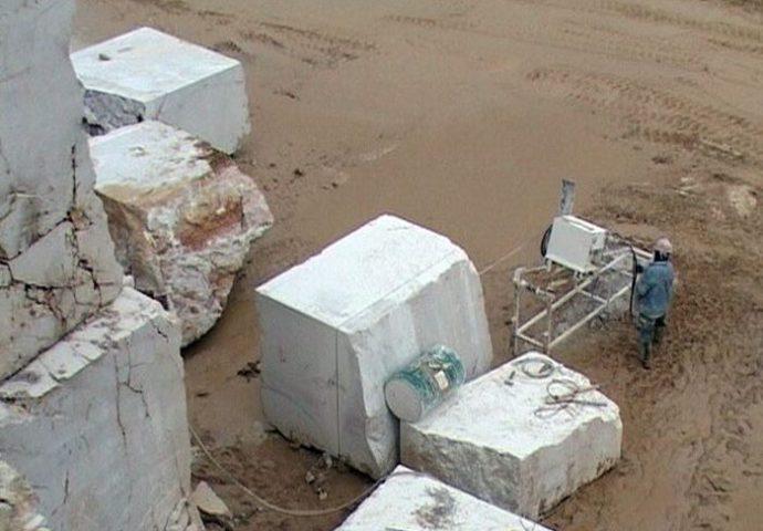 Uspješan izvoz kamenih  blokova iz Berkovića u  Kinu