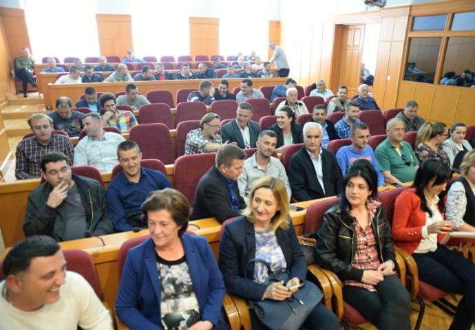 Članovi savjeta mjesnih zajednica verifikovali mandate