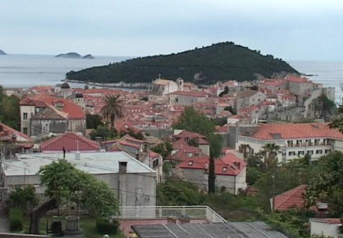 VIDEO: Hrvatske nekretnine dostupne samo građanima Srpske, FBiH negoduje