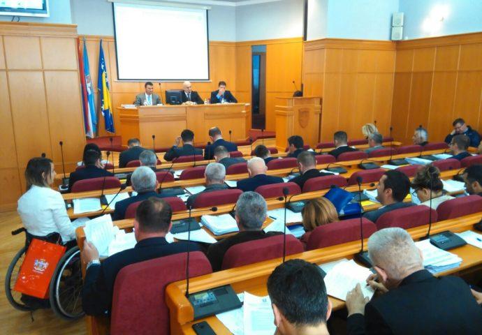 VIDEO: U trebinjskoj skupštini sve manje opozicionih odbornika