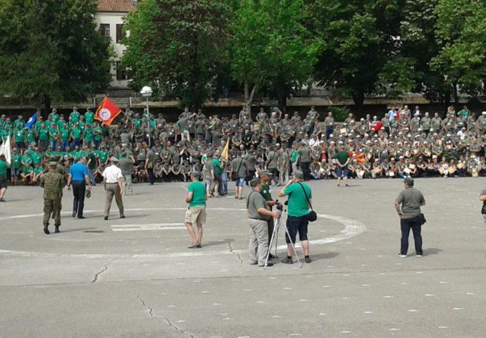 FOTO VIJEST: Više od 550 pitomaca ŠROP – a stiglo u Bileću
