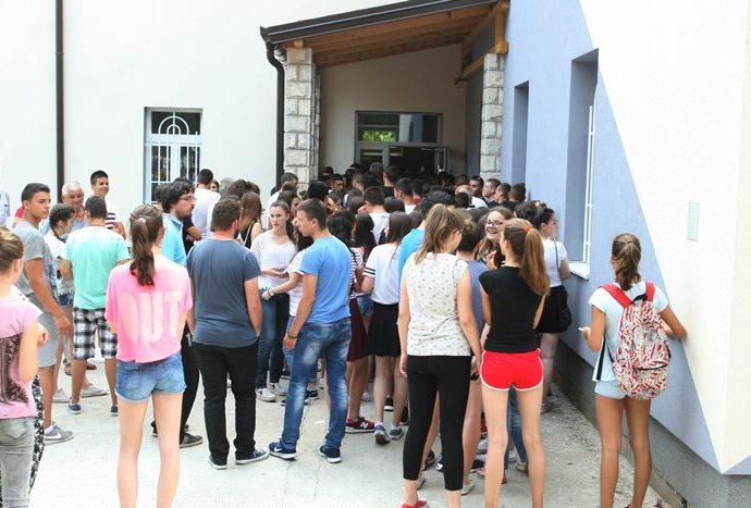Na kastingu za snimanje filmskog serijala RTS – a u Trebinju se prijavilo 200 statista