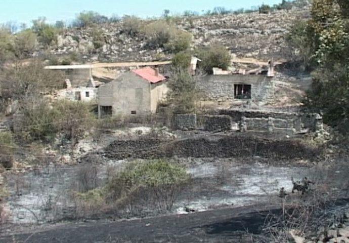 Gori u Trebinju i Bileći – helikopter  Oružanih snaga u akciji