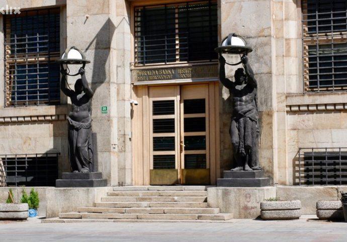 Zašto banke u BiH više kreditiraju stanovništvo nego privredu?