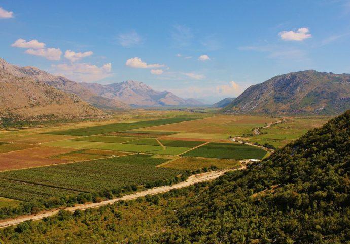 Fenomen Popovog polja: Pustoš s najplodnijom zemljom na Balkanu samo 10-ak km od mora
