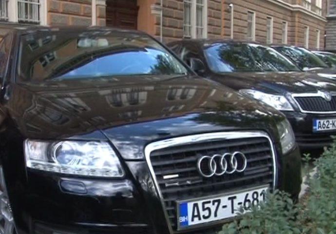 Članovi Predsjedništva BiH imaju 24 službena vozila i 14 vozača