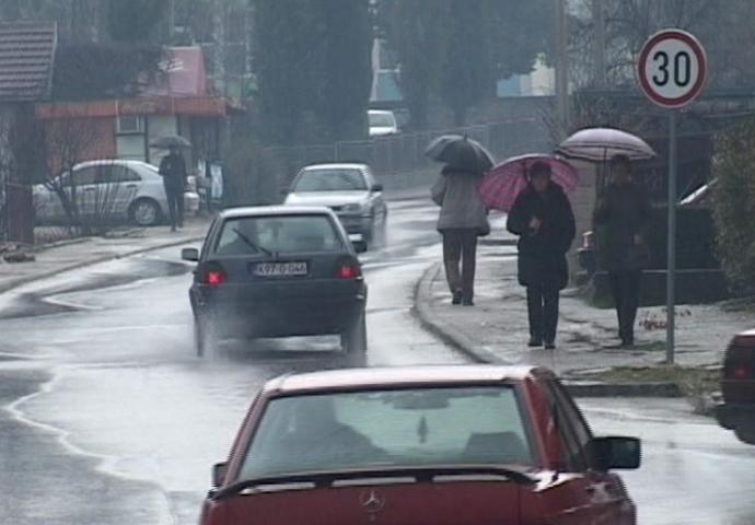 VIDEO: Bilećani moraju obuvati čizme čim počne kiša