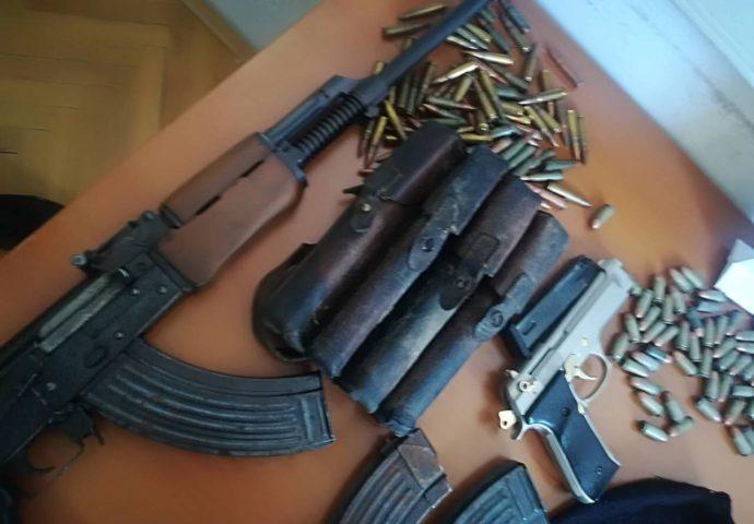 Na dvije lokacije pronadjena  veća količina oružja i municije