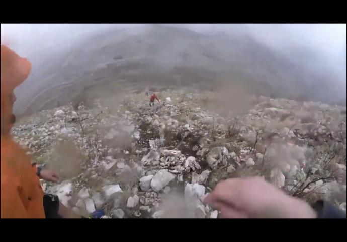 VIDEO: Kako je izgledao uspon na Leotar po vjetru i kiši