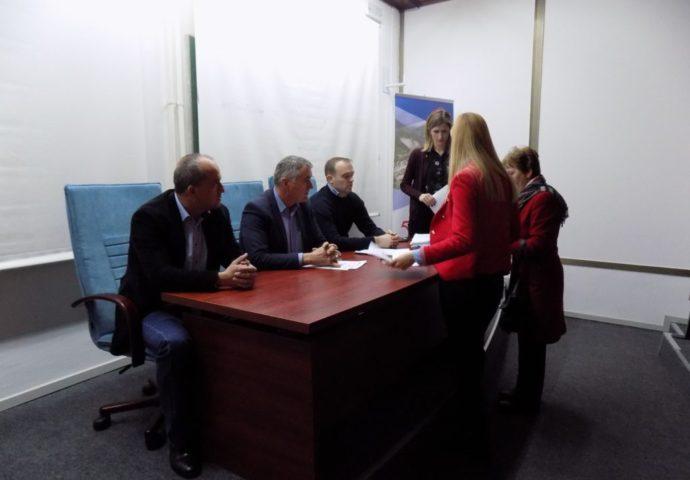 HET: Potpisani ugovori o stipendiranju (foto)