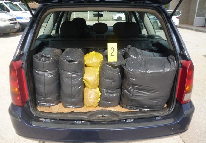 Uhapšen sa 105 kg rezanog duvana