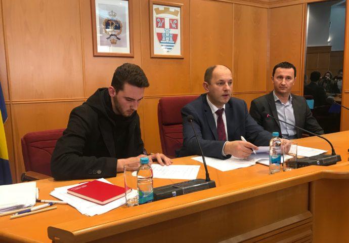 Potpisani ugovori – stižu gradske stipendije za 113 studenata