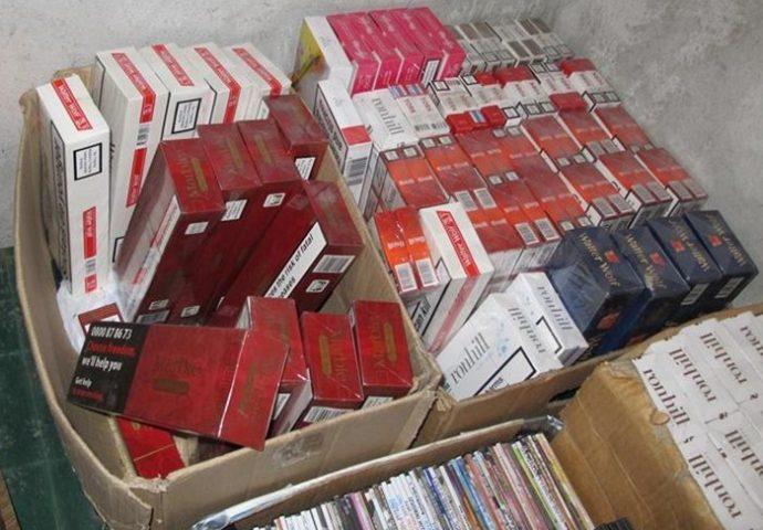 Policija zaplijenila 5.500 paklica cigareta
