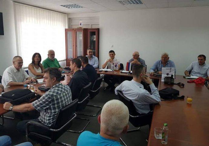 Preuzima li Konfederacija sindikata vodeću ulogu u okupljanju radnika Srpske?  – pridružio im se Sindikat uprave, uskoro granski i strukovni sindikati