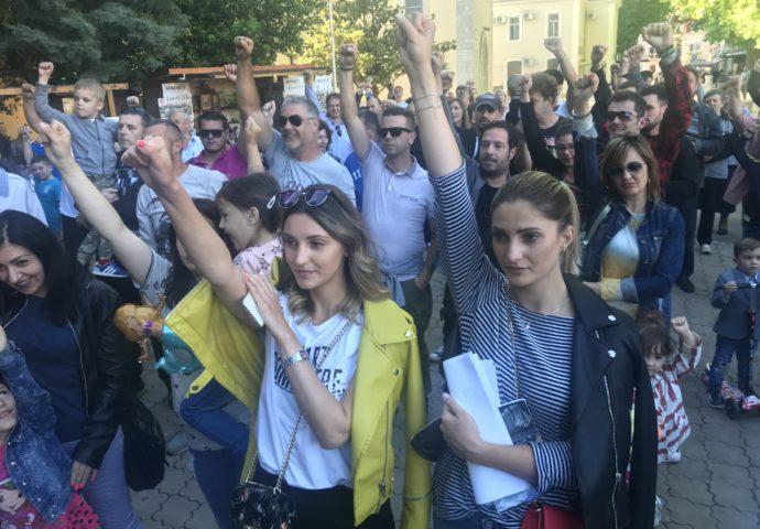 """FOTO:  Trebinjci  na skupu podrške """"Pravda za Davida"""""""