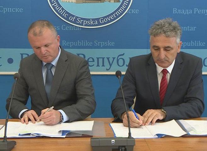 Potpisan ugovor: Za rekonstrukciju prečistača vode u Nevesinju više od milion evra