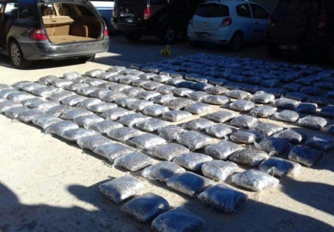 Sa 200 kg droge pali u Bileći