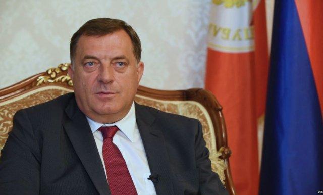 Dodik napustio sastanak PIK-a jer nije istaknuta zastava Srpske