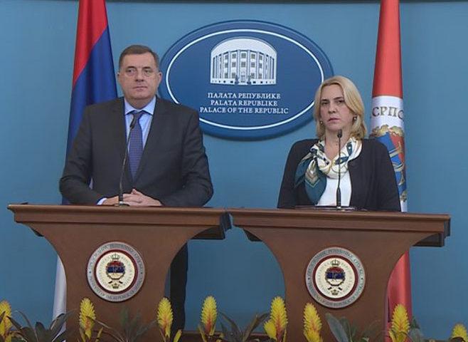 Cvijanović i Dodik najavili povlačenje svih  srpskih  ambasada