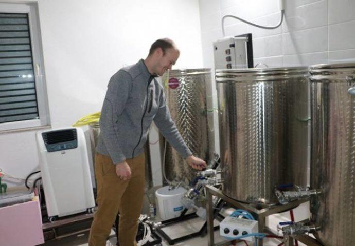 Amerikanac pravi pivo u Trebinju