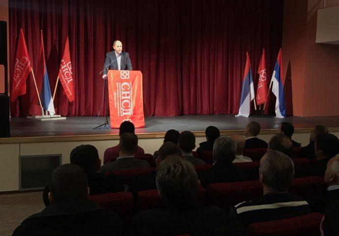 Petrović i Ćurić poručuju: Očekujemo najubjedljiviju pobjedu do sada, radimo i gradimo- štrajkovima se ne postižu rezultati
