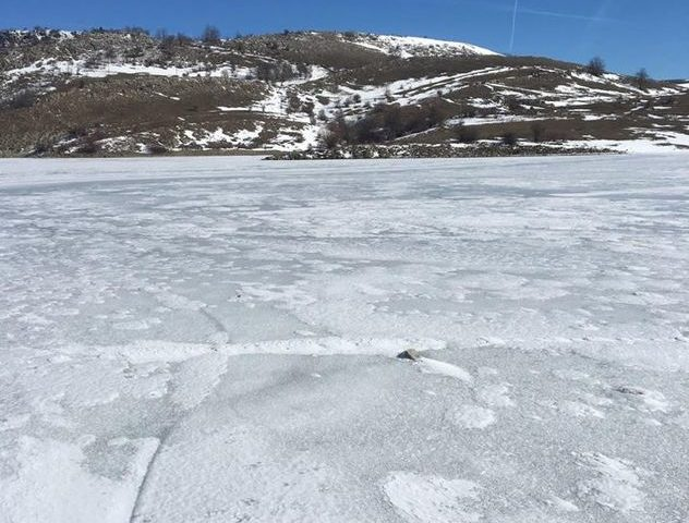 Pogledajte kako izgleda zaledjeno jezero Klinje