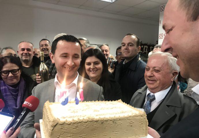 Ćurić novi gradonačelnik- Snsd proglasio ubjedljivu pobjedu