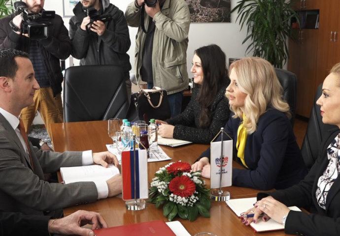 Trivić-Ćurić: Upisna politika u skladu sa potrebama tržišta i lokalne zajednice