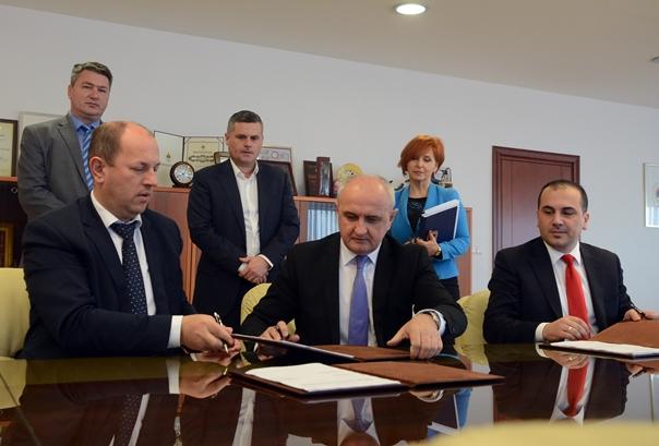 "Potpisan ugovor o koncesiji za izgradnju HE""Foča"" i ""Paunci"""