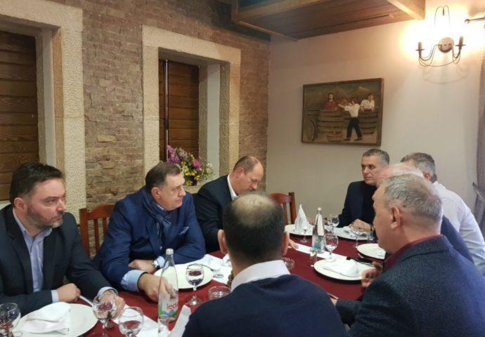 Dodik u Mostaru: Srbi u FBiH moraju imati autentične predstavnike