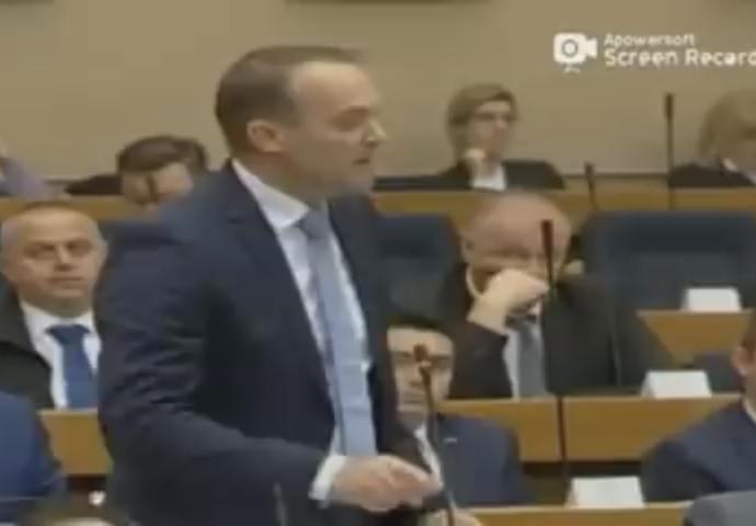 VIDEO: Žestok duel Tamindžije i Vukanovića
