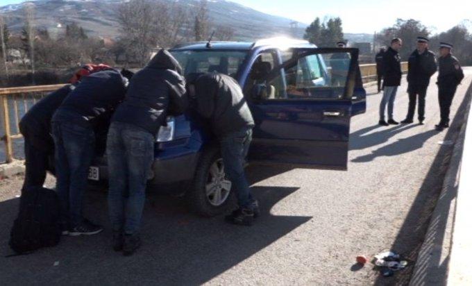 Hercegovci zabrinuti: Migranti ulaze u kuće i kradu!