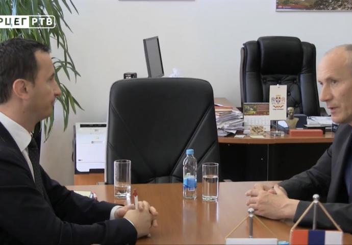 Ćurić i Šimunović potpisali Sporazum o saradnji Trebinja i Ravnog