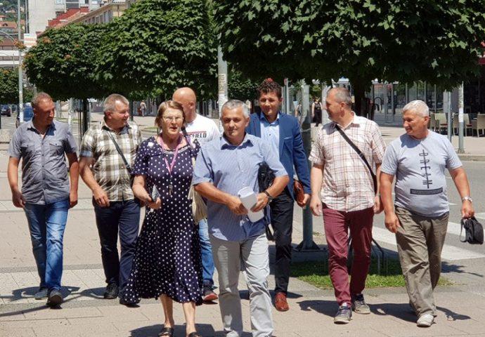 """Šest sindikata """"Željeznica RS"""" podnijelo krivičnu prijavu protiv bivše uprave"""