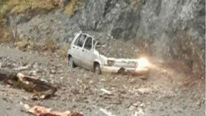 Haos u Crnoj Gori: odsječene i poplavljene kuće, kruzer odustao od ulaska u zaliv (VIDEO)