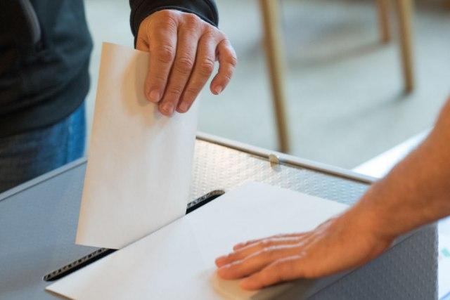 CIK poništio izbore u Doboju i Srebrenici