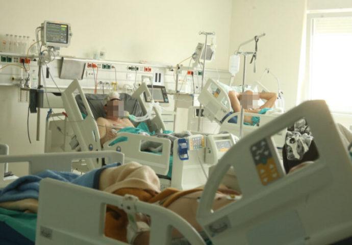 U aprilu od korone u bolnici preminulo 20 osoba