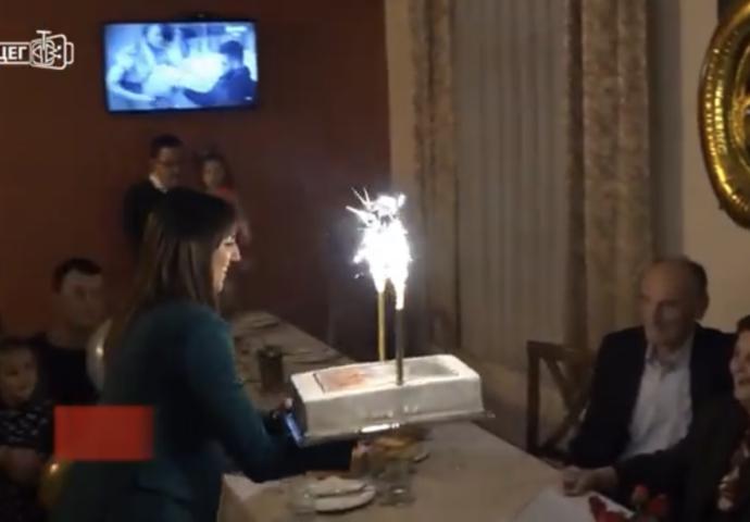 VIDEO: Mila i Risto Slavić iz Trebinja proslavili 60 godina ljubavi i zajedničkog života