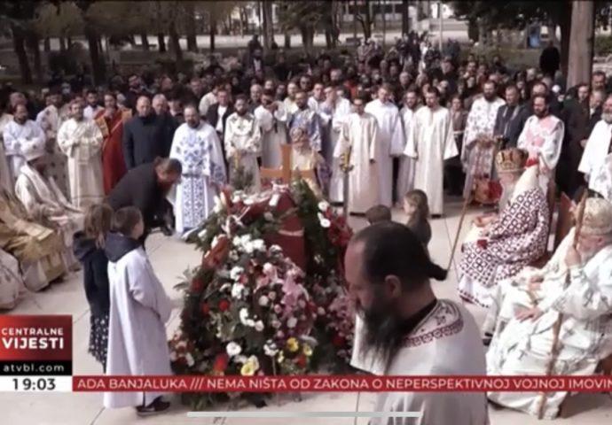 VIDEO: Ispraćaj vladike Atanasija u Carstvo nebesko