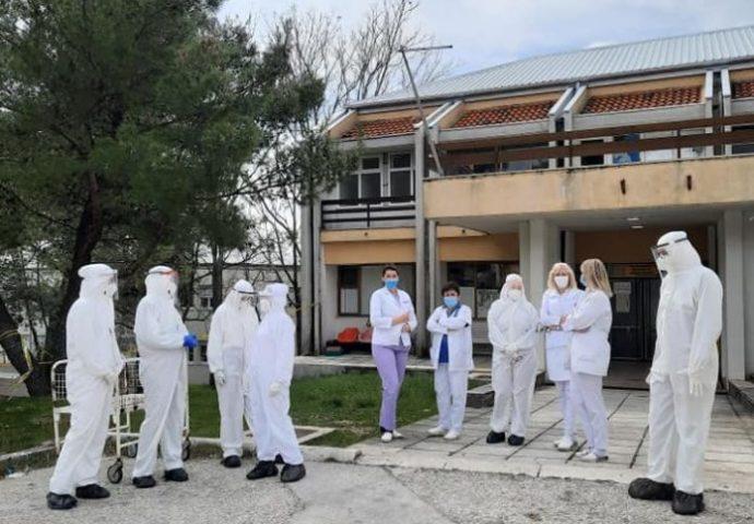 VIDEO: U martu od korone preminuo 31 pacijent – Više od hiljadu trenutno zaraženih