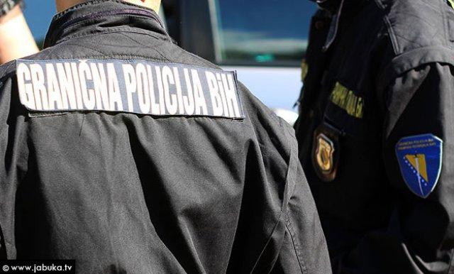 Na Deleuši uhapšen muškarac – Prevozio cigarete vrijedne 134.000 KM