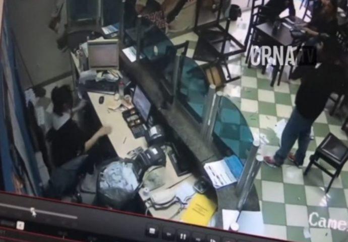 VIDEO: Podivljali kladioničar iz Mostara razbijao stolove, stolice, televizore