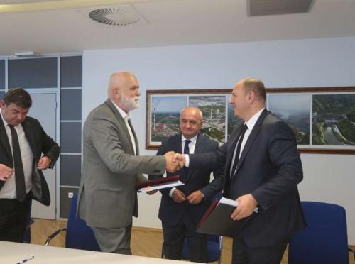 Nakon maratonskih pregovora potpisan  Kolektivni  ugovor ERS