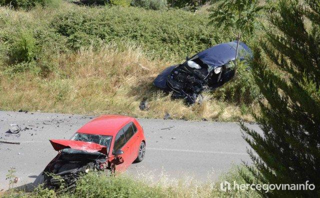 Potpuna obustava saobraćaja: U teškoj saobraćajci kod Mostara povrijeđeno više osoba
