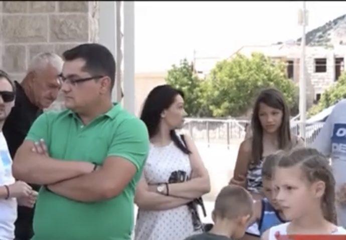 VIDEO: 40 mladih bračnih parova iz Trebinja riješilo stambeno pitanje